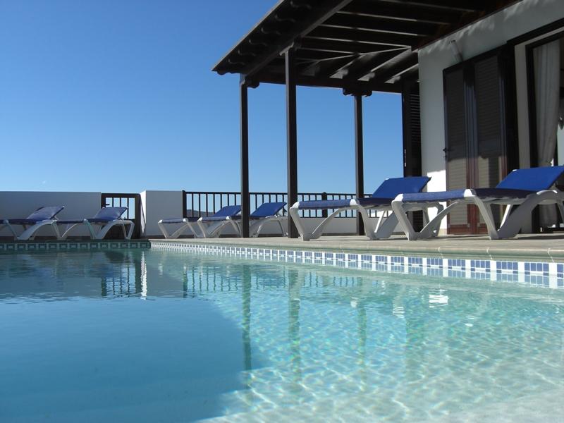 Swimming Pool Finish Line : Fibreglass pool finish for concrete swimming pools