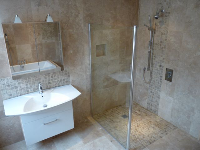 Bathroom Tile Designs For Small Bathrooms